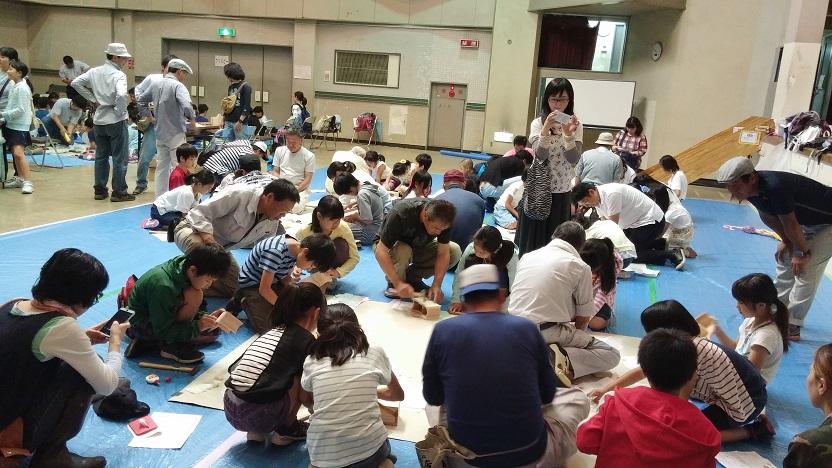 会場は、公民館の大ホール/会場いっぱいの子ども達で、賑わいました!